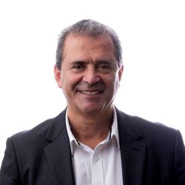Ernie Calalesina